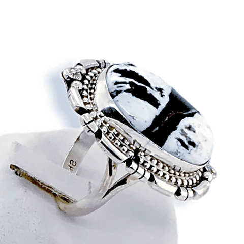 Image of Native American Ring - Navajo White Buffalo Oval Ring