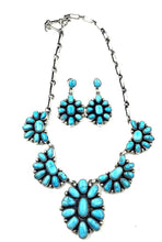 Load image into Gallery viewer, Navajo Cluster Necklace- Kingman Turquoise