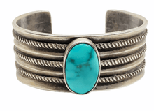 Load image into Gallery viewer, Navajo Old Pawn Kingman Turquoise Bracelet