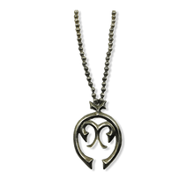 Load image into Gallery viewer, Navajo Pawn Naja Necklace