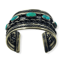 Load image into Gallery viewer, Navajo Pawn Turquoise Twist Wire Bracelet