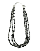 Load image into Gallery viewer, Navajo Pearl Necklace Set -3 Strand