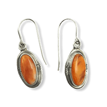 Load image into Gallery viewer, Navajo Spiny Oyster Hook Earrings