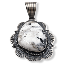 Load image into Gallery viewer, Navajo White Buffalo Pendant-Old Style