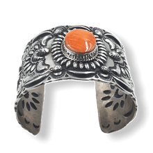 Load image into Gallery viewer, Stamped Navajo Spiny Oyster Bracelet -Wide