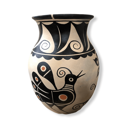 Image of Thomas Tenorio Bird Vase Santo Domingo