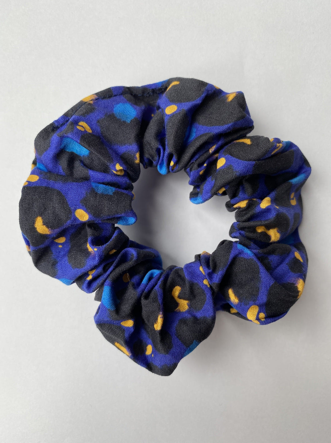 Midnight Leopard Organic Cotton Scrunchie - Mama Movement