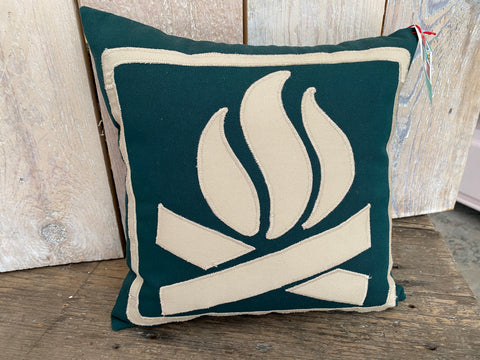 Stitchy Kitchy Coo - Elmvale - Maple Leaf Pillow