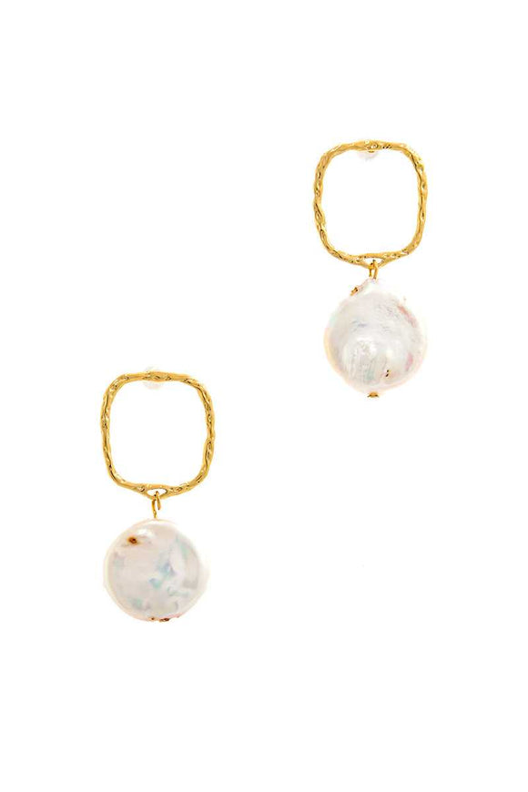 Gold Drop Earrings with Fresh Water Pearl