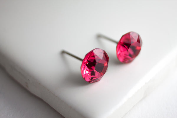 Swarovski Stud Earring (Medium, Round)