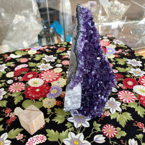 Uruguay Flat Base Amethyst A with Calcite