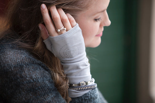 "Mid-length flint grey fingerless gloves made from bamboo with a swirl design ""Maren"""