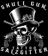 Laden Sie das Bild in den Galerie-Viewer, Skull Gun Tattoo