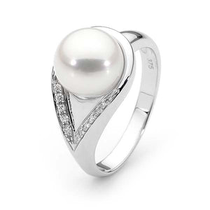 Ikecho Freshwater Pearl Diamond Ring