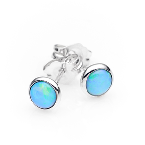 Ikecho Sterling Silver White Solid Opal 4mm Stud Earring