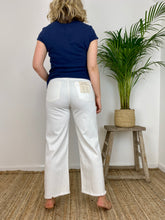 Load image into Gallery viewer, DL Hepburn Wide Leg High-Rise Jeans Eggshell