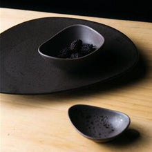 Load image into Gallery viewer, INSPIRA LIFESTYLES - Matte Black Serving Plates & Bowl - BOWLS, DINING, PLATE, PLATES, PLATTER, SERVING PLATE, TABLE TOP, TABLEWARE