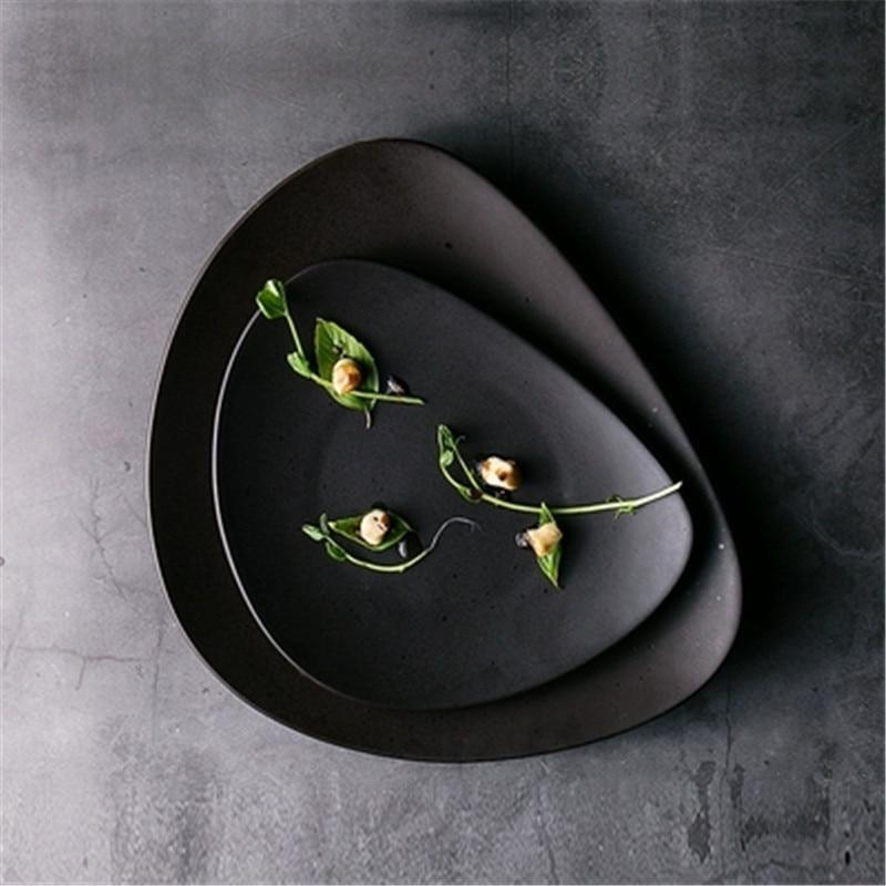 INSPIRA LIFESTYLES - Matte Black Serving Plates & Bowl - BOWLS, DINING, PLATE, PLATES, PLATTER, SERVING PLATE, TABLE TOP, TABLEWARE