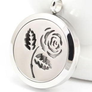 Rose Aroma Pendant Necklace