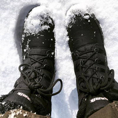 Keep your feet warm and dry in the snow