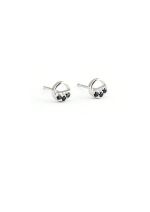 Díra with Black Stud Earrings - Isobell Designs - Earrings - handmade-jewelry-california-minimal-delicate-jewellery.