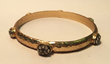 Load image into Gallery viewer, Stunning bangle with rhinestones