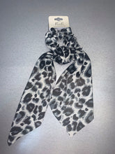 Load image into Gallery viewer, Grey Leopard Scrunchie