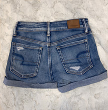 Load image into Gallery viewer, American Eagle Denim Shorts~ size 0