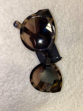 Load image into Gallery viewer, Women's Bobbi Brown Sunglasses