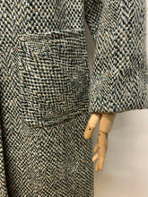 Load image into Gallery viewer, Green Herringbone Tweed Coat