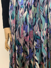 Load image into Gallery viewer, Brushstroke Print Satin Skirt