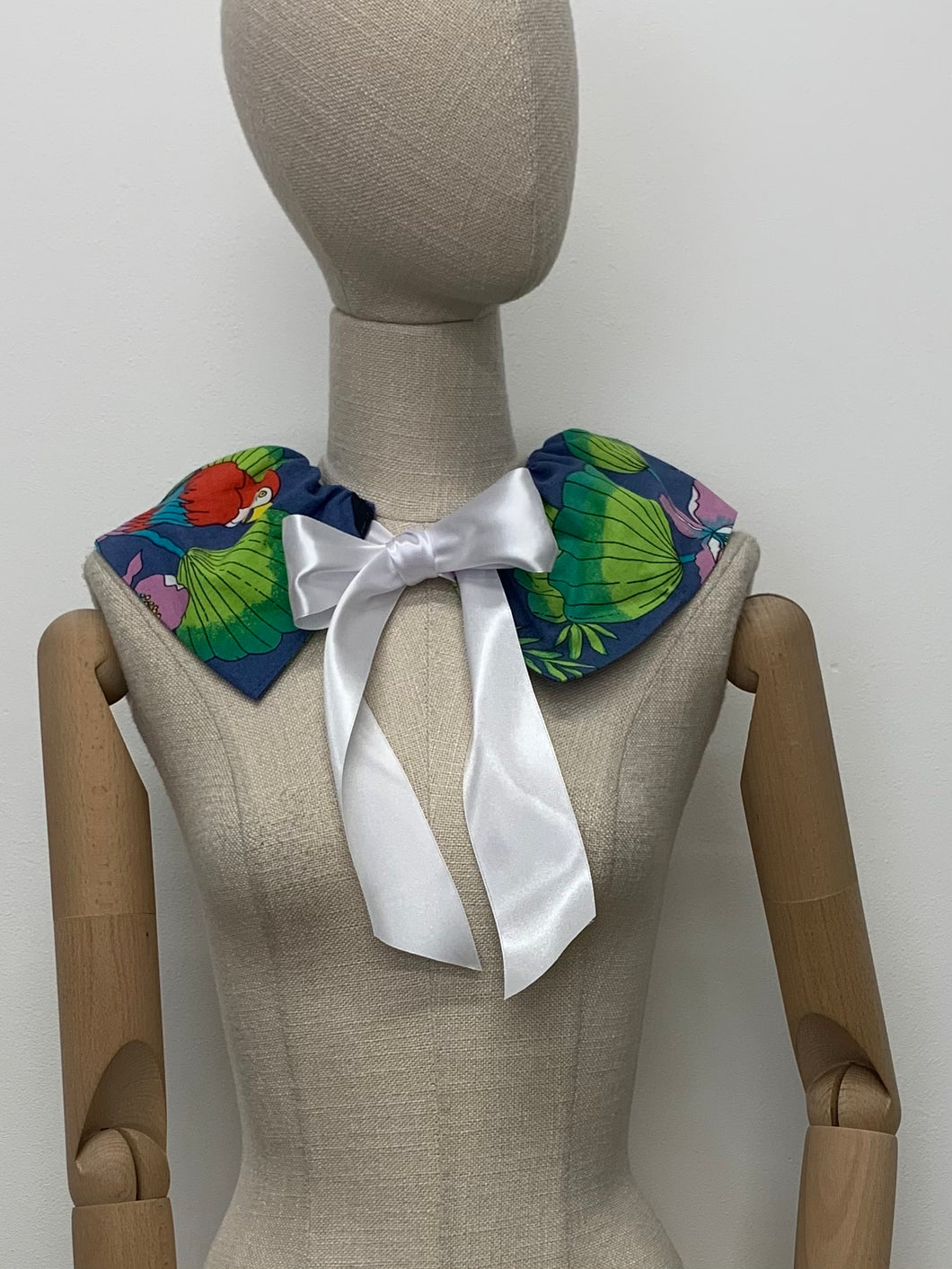 Birds of Paradise Collar