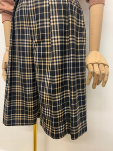 Austin Reed Grey & Beige Plaid City Shorts