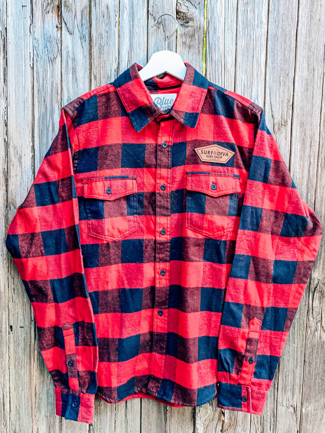 Surf Diva red & black - MENS BUTTON DOWN FLANNEL