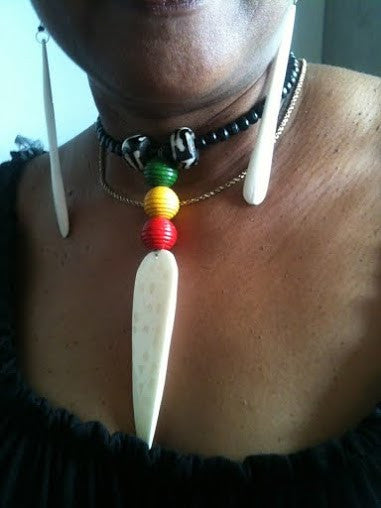 Bone Neckless & Earring Set - Ufumbuzi - Home