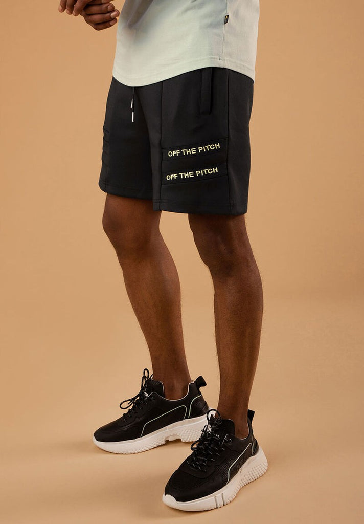 OFF THE PITCH THE MERCURY SHORT BLACK - Your Trends&Brands