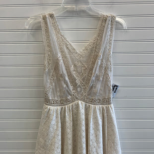 Primary Photo - BRAND: FREE PEOPLE STYLE: DRESS SHORT SLEEVELESS COLOR: CREAM SIZE: 2 SKU: 117-117120-27805
