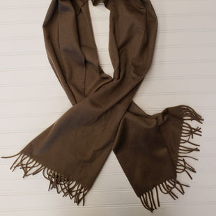 Primary Photo - BRAND:  CMA STYLE: SCARF WINTER COLOR: TAUPE OTHER INFO: LORO PIANA - RETAIL $400+/ CASHMERE SKU: 117-11711-181688