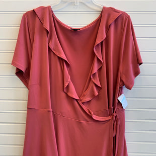 Primary Photo - BRAND: TORRID STYLE: TOP SHORT SLEEVE COLOR: SALMON SIZE: 3X SKU: 117-11711-172551