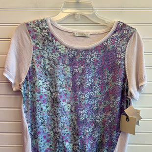 Primary Photo - BRAND: HINGE STYLE: TOP SHORT SLEEVE COLOR: FLORAL SIZE: M SKU: 117-11783-100211
