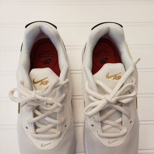Primary Photo - BRAND: NIKE STYLE: SHOES ATHLETIC COLOR: WHITE SIZE: 5.5 SKU: 117-11711-172974