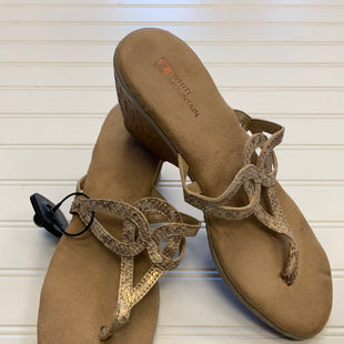 Primary Photo - BRAND: WHITE MOUNTAIN STYLE: SANDALS LOW COLOR: GOLD SIZE: 9.5 SKU: 117-11711-183851