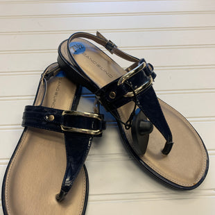 Primary Photo - BRAND: BANDOLINO STYLE: SANDALS FLAT COLOR: NAVY SIZE: 7.5 SKU: 117-11711-185305