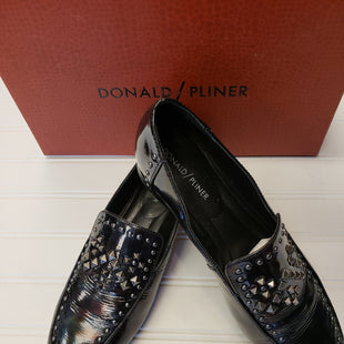 Primary Photo - BRAND: DONALD PLINER STYLE: SHOES FLATS COLOR: BLACK SIZE: 8 SKU: 117-117136-13936