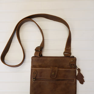 Primary Photo - BRAND:  CMB STYLE: HANDBAG DESIGNER COLOR: BROWN SIZE: MEDIUM OTHER INFO: ROOTS - SKU: 117-11711-186282