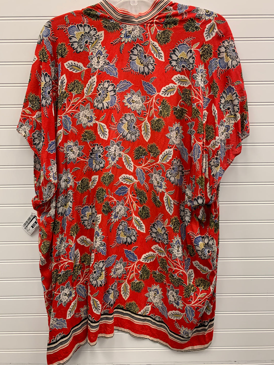 Photo #1 - BRAND: ANN TAYLOR LOFT <BR>STYLE: TOP SHORT SLEEVE <BR>COLOR: MULTI <BR>SIZE: XS <BR>SKU: 117-11711-183910