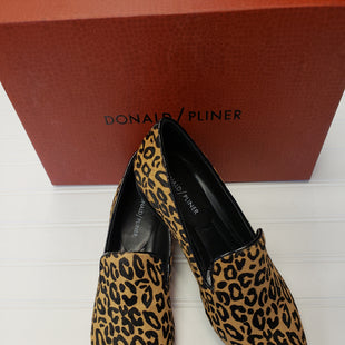 Primary Photo - BRAND: DONALD J PILNER STYLE: SHOES FLATS COLOR: ANIMAL PRINT SIZE: 7.5 SKU: 117-117136-13939WITH BOX