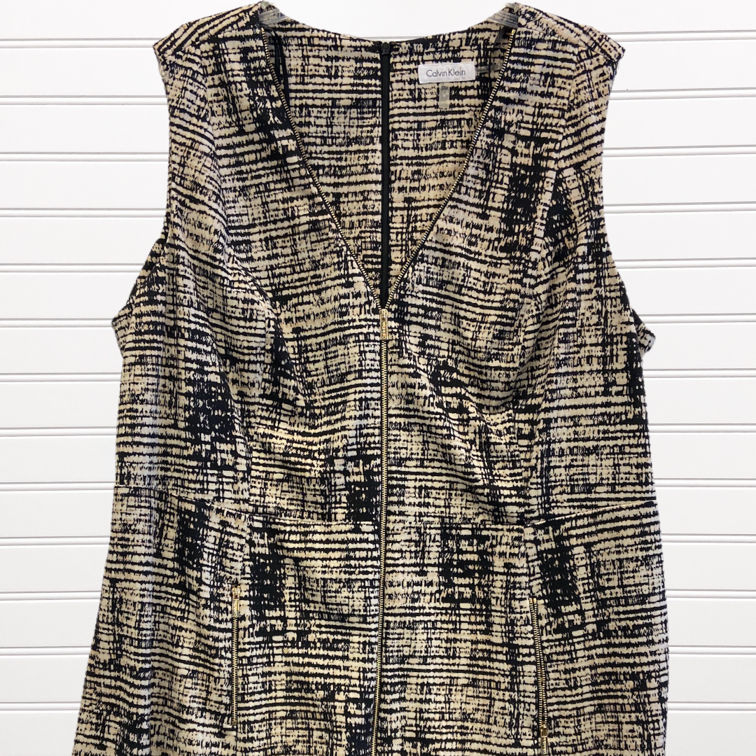Photo #1 - BRAND: CALVIN KLEIN <BR>STYLE: DRESS SHORT SLEEVELESS <BR>COLOR: MULTI <BR>SIZE: 22 <BR>SKU: 117-117120-24577