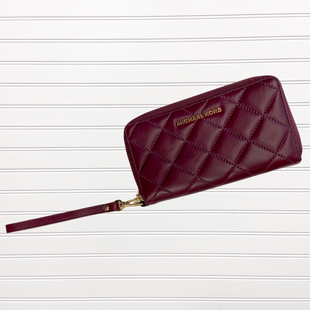 Primary Photo - BRAND: MICHAEL BY MICHAEL KORS STYLE: WRISTLET COLOR: PLUM SKU: 117-117103-51266