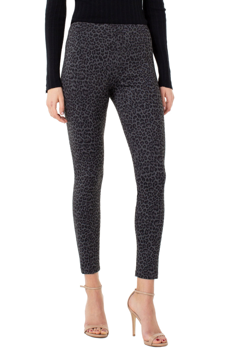 Liverpool Reese Leopard Ankle Legging 28' ins